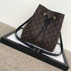 Louis Vuitton Neonoe Bag New Check Description